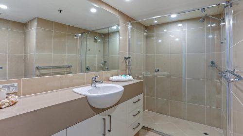 121-2bed-gold-coast-accommodation-(11)