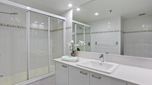 90-2bed-burleigh-heads-accommodation-(1)